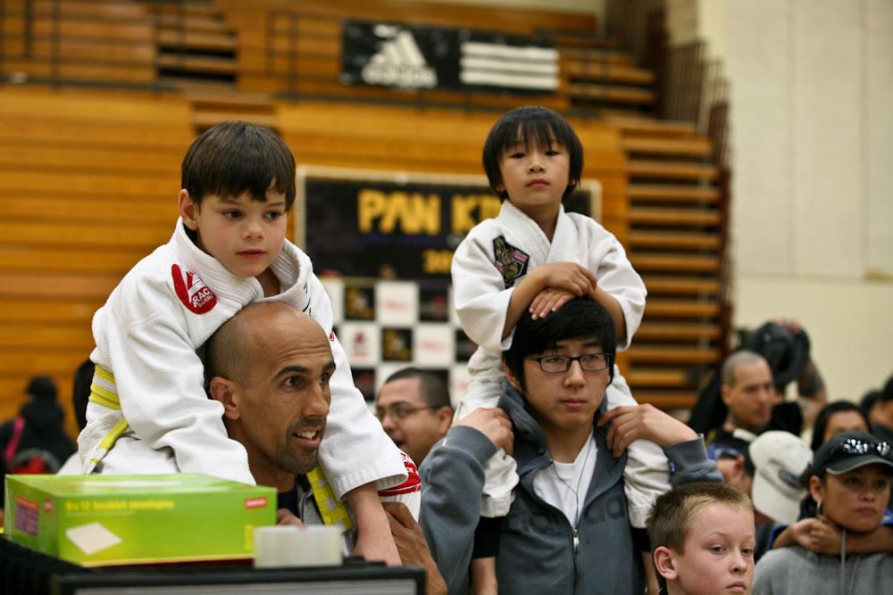 kids brazilian jiu jitsu gis youth bjj kimonos